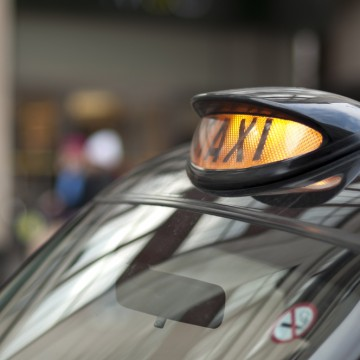 Feasibility studies into the roll out of plug-in electric taxis will be carried out in eight UK cities