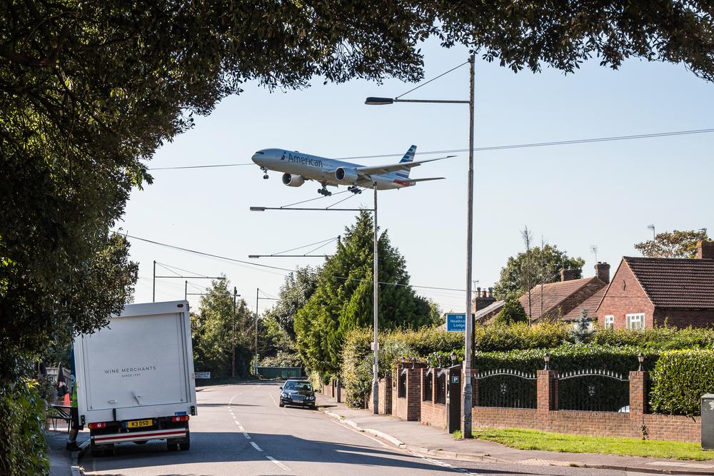 Gatwick Airport: British Airways flight makes emergency landing